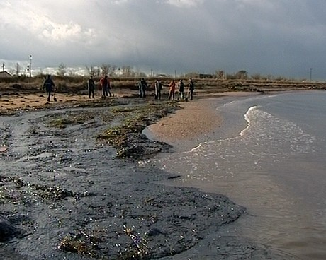 Разлив нефтепродуктов